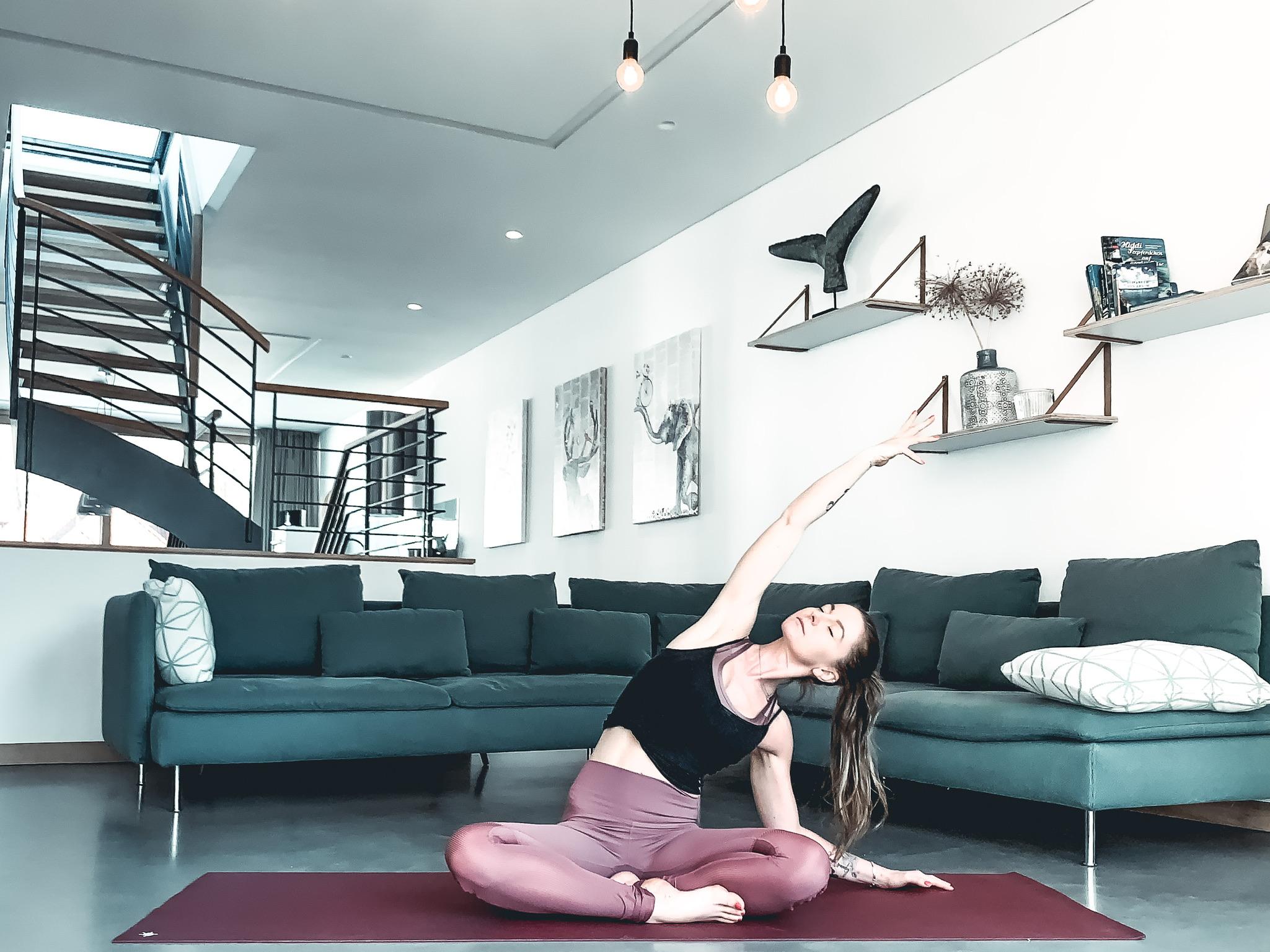 Yoga mit CORonA